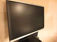 Монитор бизнесс класса с передней рамкой из алюминия HP LA2205wg бу