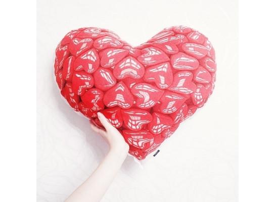Подушка Сердце в сердце 98-9718480