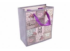Пакет подарочный Французский поцелуй с атласными ручками