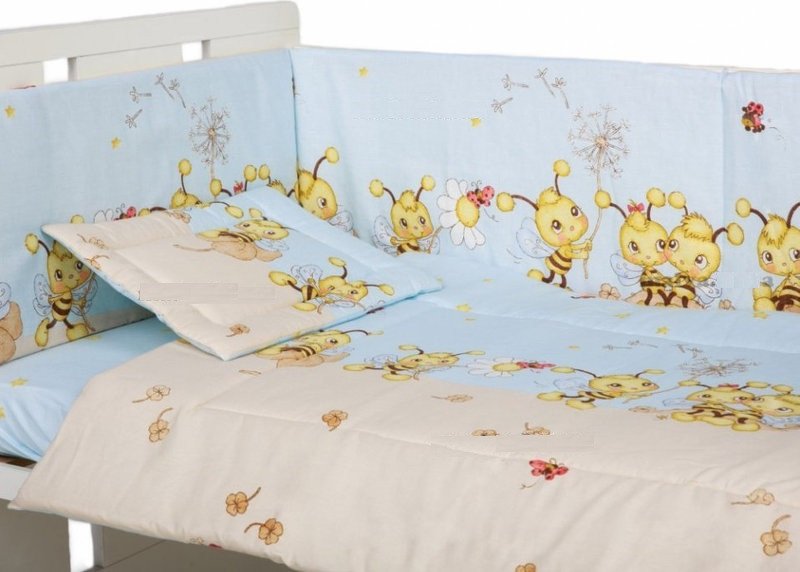 Комплект постельного белья в детскую кроватку Пчелки голубой 3 элементов (МАЛЕНЬКИЙ ПОДОДЕЯЛЬНИК)