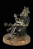 Статуэтка бронзовая Магнат