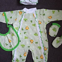 Комплект 4 предмета  в роддом на выписку комбинезон и шапочка с начесом для новорожденного в роддом