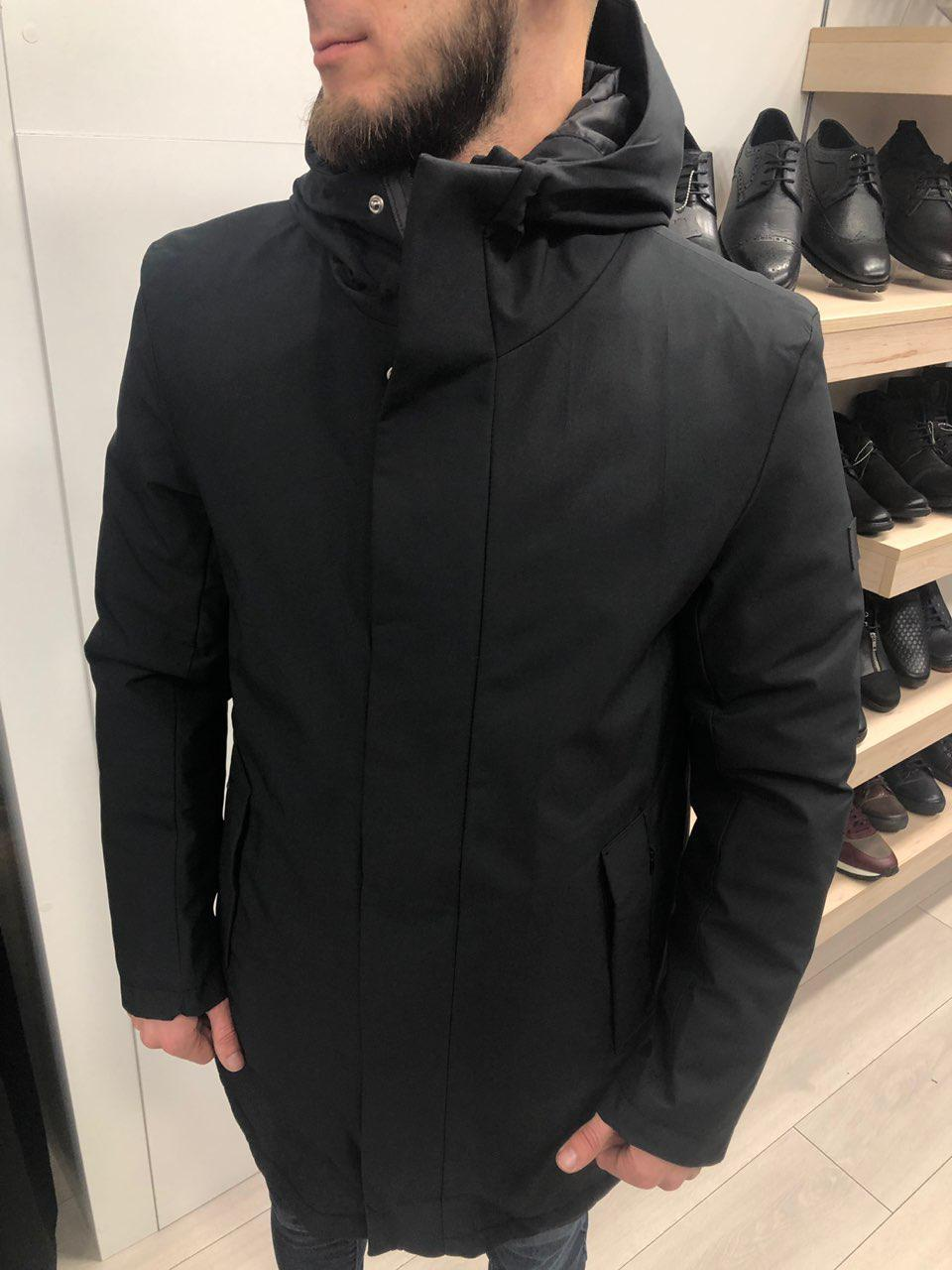 Мужская зимняя парка с капюшоном черная