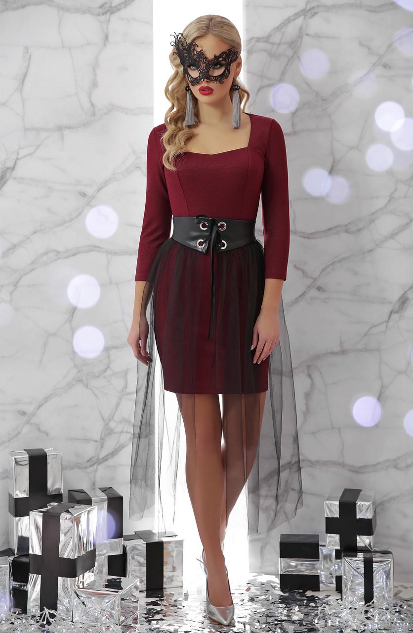 Коктейльное короткое платье по фигуре со съемной юбкой из фатина Аэлита д/р бордовое