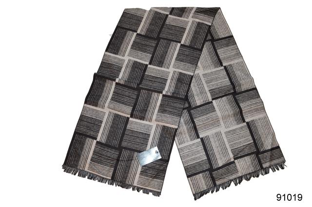 Фото серого мужского кашемирового шарфа на осень Мэлор 2