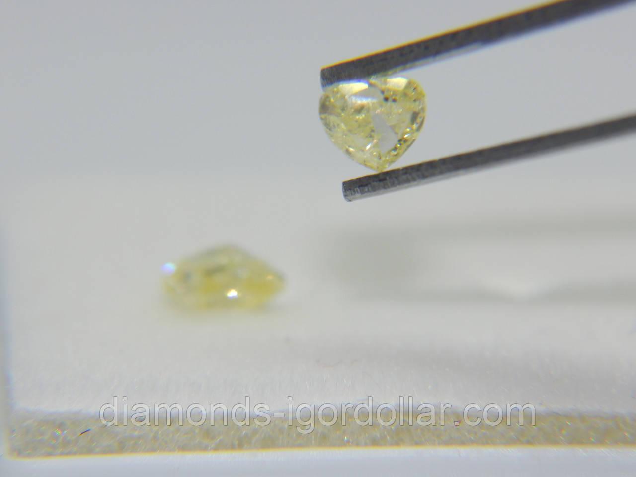 Бриллиант натуральный природный в Украине  0.28 карат Сердце Si1/лимонный на ВИДЕО