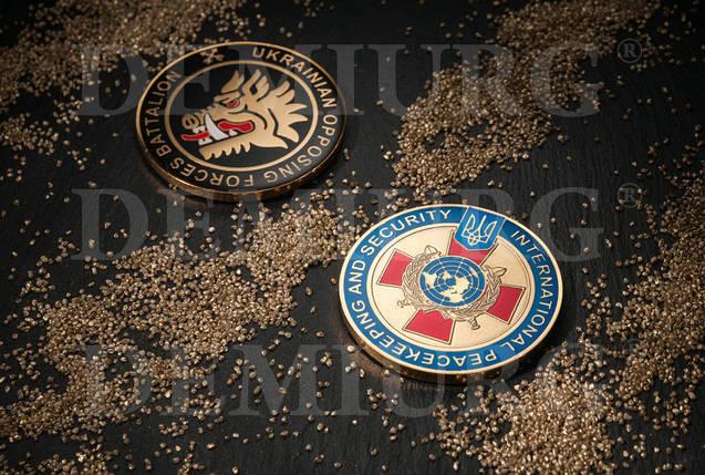 Монета сувенирная с эмблемой и цветными эмалями, фото 2