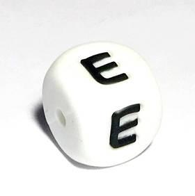 Буква - Е (силиконовые бусины)