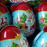 Новогоднее яйцо игрушка и конфеты