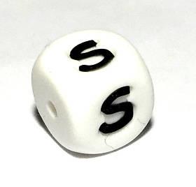 Буква - S (силиконовые бусины)