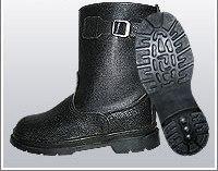 Сапоги укороченные юфть/кирза ВФ рабочие с пряжкой утепленные (Мех) Бортопрошивные черные