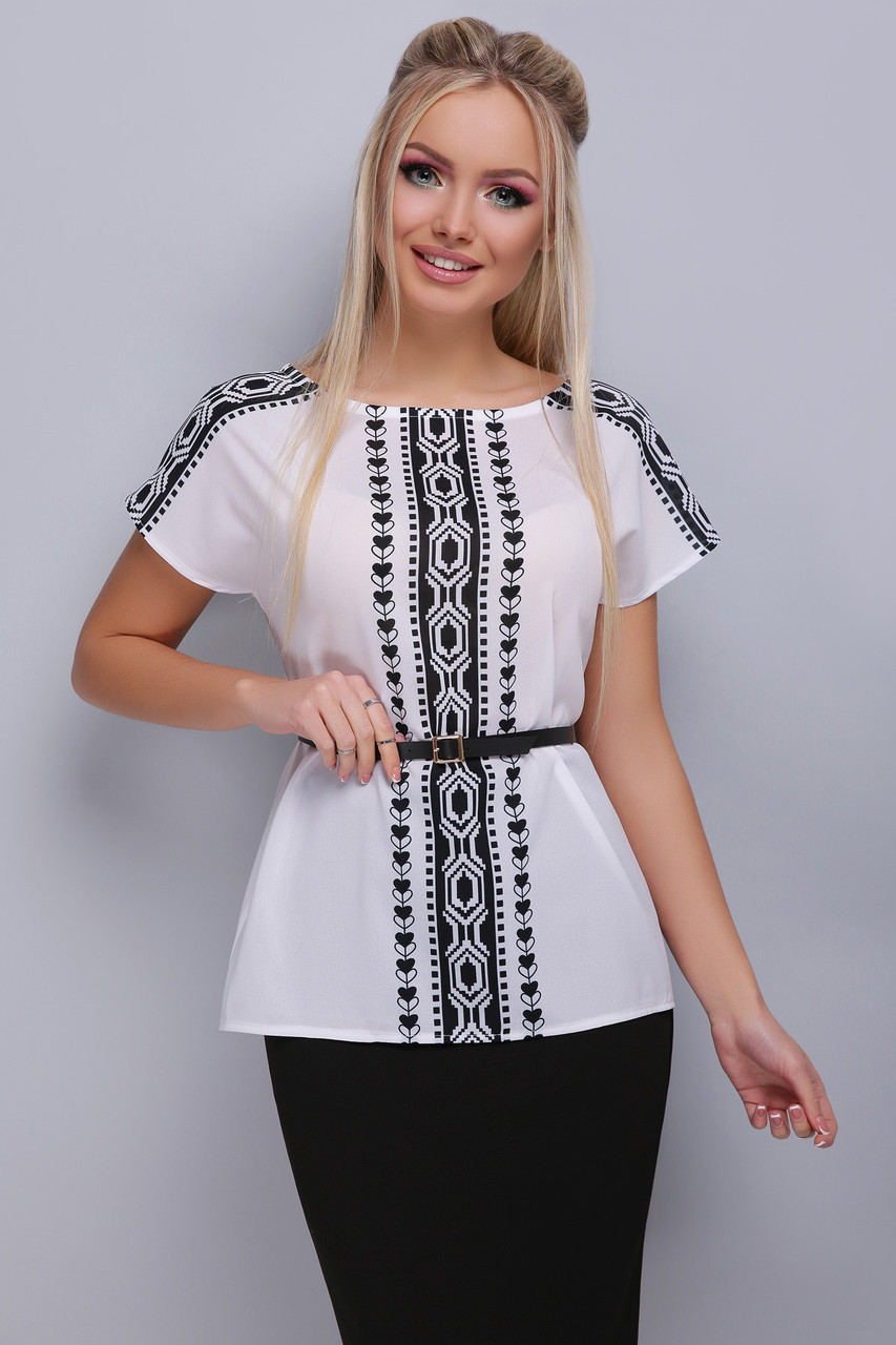 43a51e234d9 Легкая белая шифоновая блузка с коротким рукавом узор Орнамент черный блуза  Мира б р -