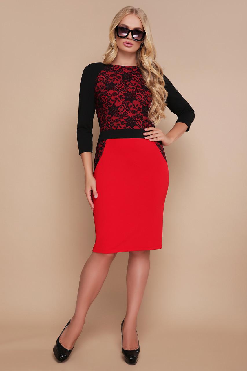 Коктейльное нарядное красное платье по фигуре до колен с кружевным принтом Узор черный Ксена-Б д/р большие размеры