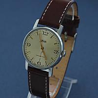 ЗИМ советские наручные механические часы СССР , фото 1