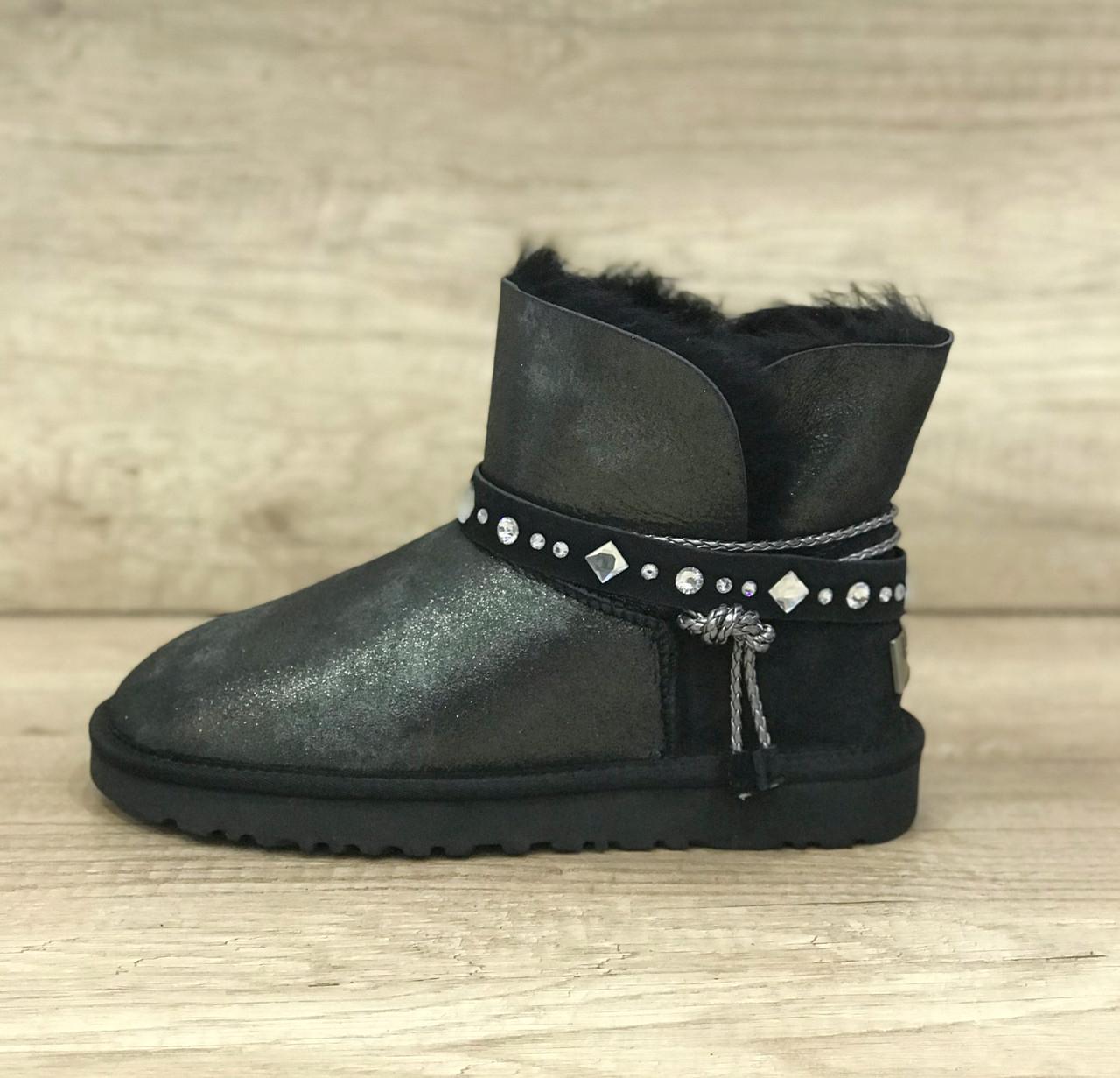 Черные перломутровые угги мини UGG Bailey Bow Mini Braid Black