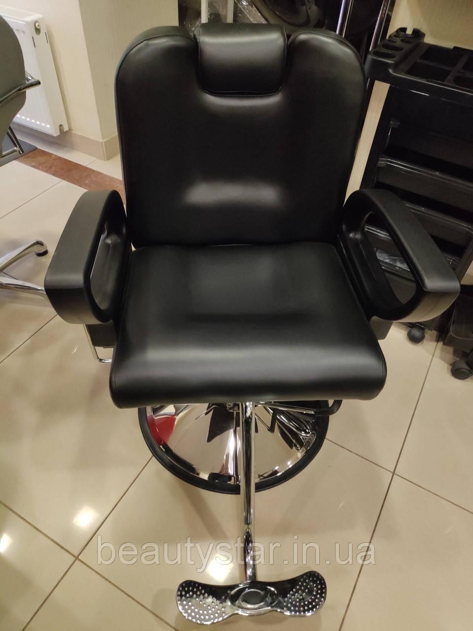 Парикмахерское кресло мужское Barber черное арт. 302В