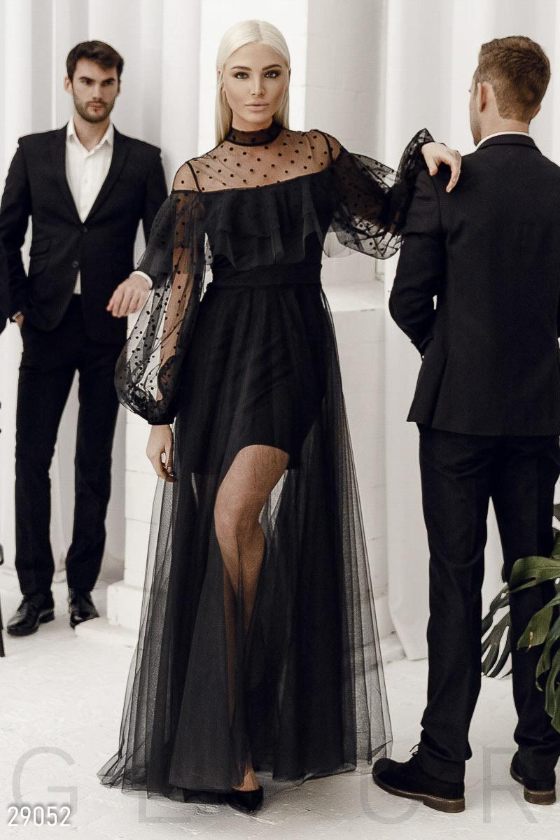 Черное платье-макси с воланами