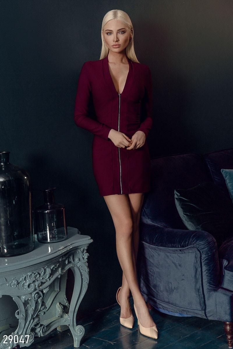 Трикотажне плаття-міні з довгим рукавом