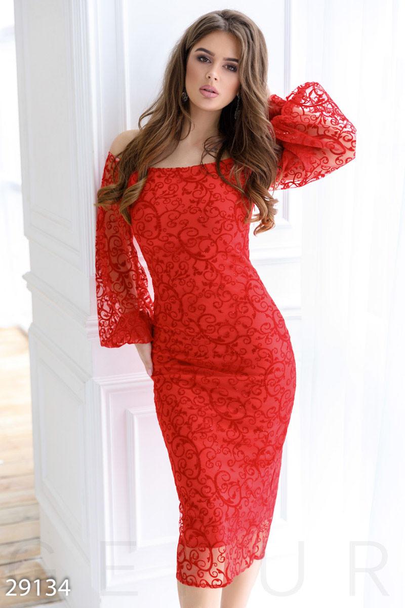 a8204b0d000 Элегантное вечернее платье-миди из гипюра красного цвета - LeButon в Одессе