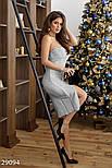 Облегающее вечернее платье серебристого цвета с разрезом, фото 2