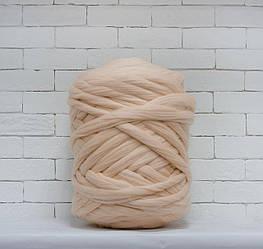 Толстая, крупная пряжа 100% шерсть 1кг (40м). Цвет: Телесный. 28 мкрн. Топс. Лента для пледов