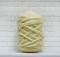 Толстая, крупная пряжа 100% шерсть 1кг (40м). Цвет: Суровый. 28 мкрн. Топс. Лента для пледов