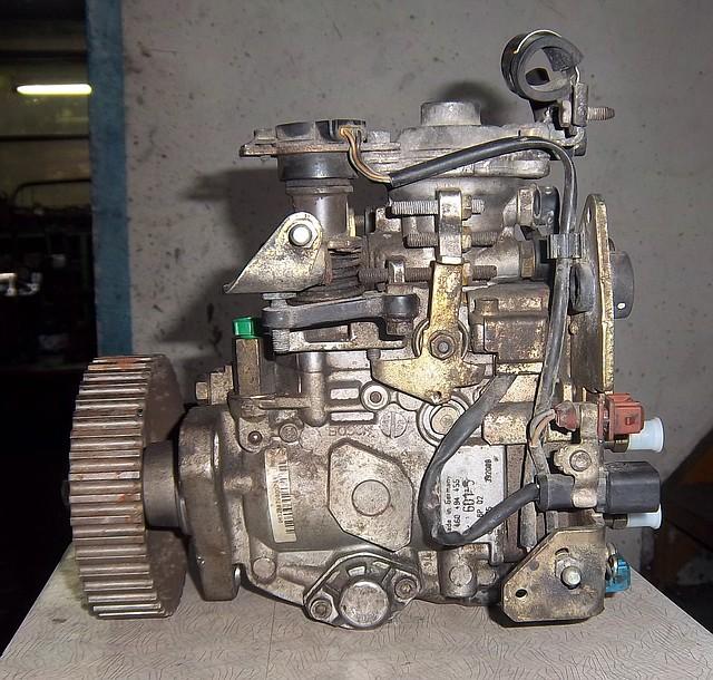 ТНВД топливный насос б/у Bosch Fiat 1,9TD XUD9