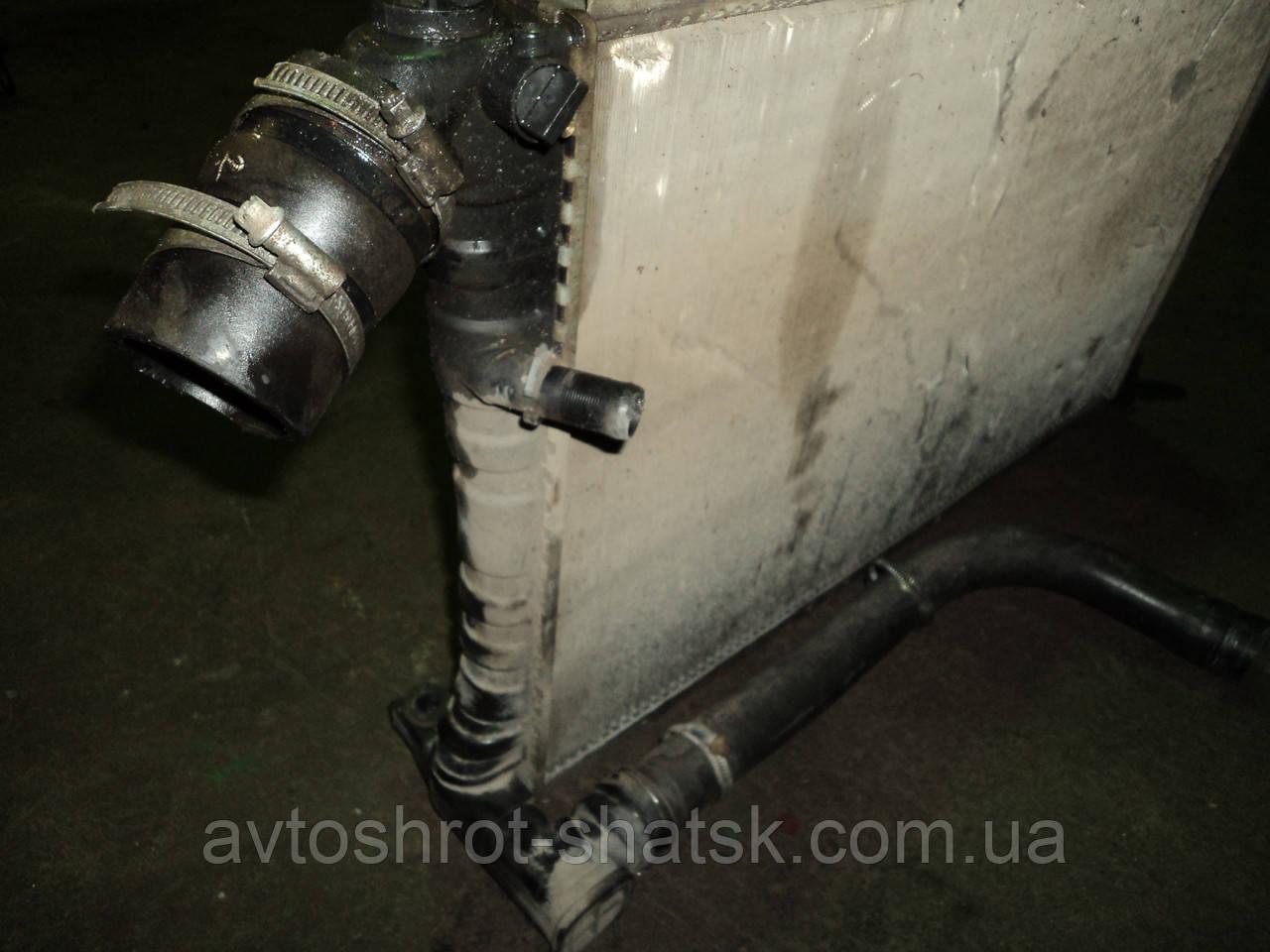 радиатор для Peugeot 406