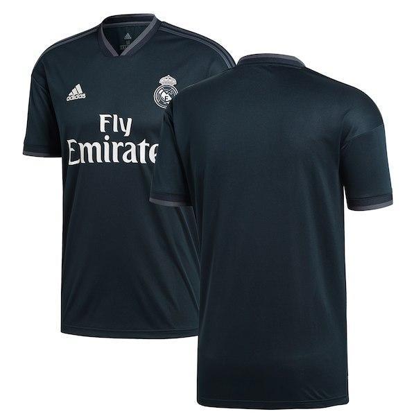 Футбольная форма Реал Мадрид (Real Madrid) 2018-2019 Выездная Взрослая 52231fba456