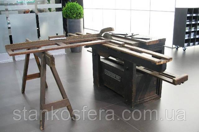 Altendorf ― первый в мире форматный станок с подвижной кареткой. Фото stankosfera.com.ua со стенда фирмы Altendorf на международной выставке Ligna в Ганновере