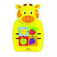 Игрушка бизиборд Жираф с фруктами Viga Toys 50680