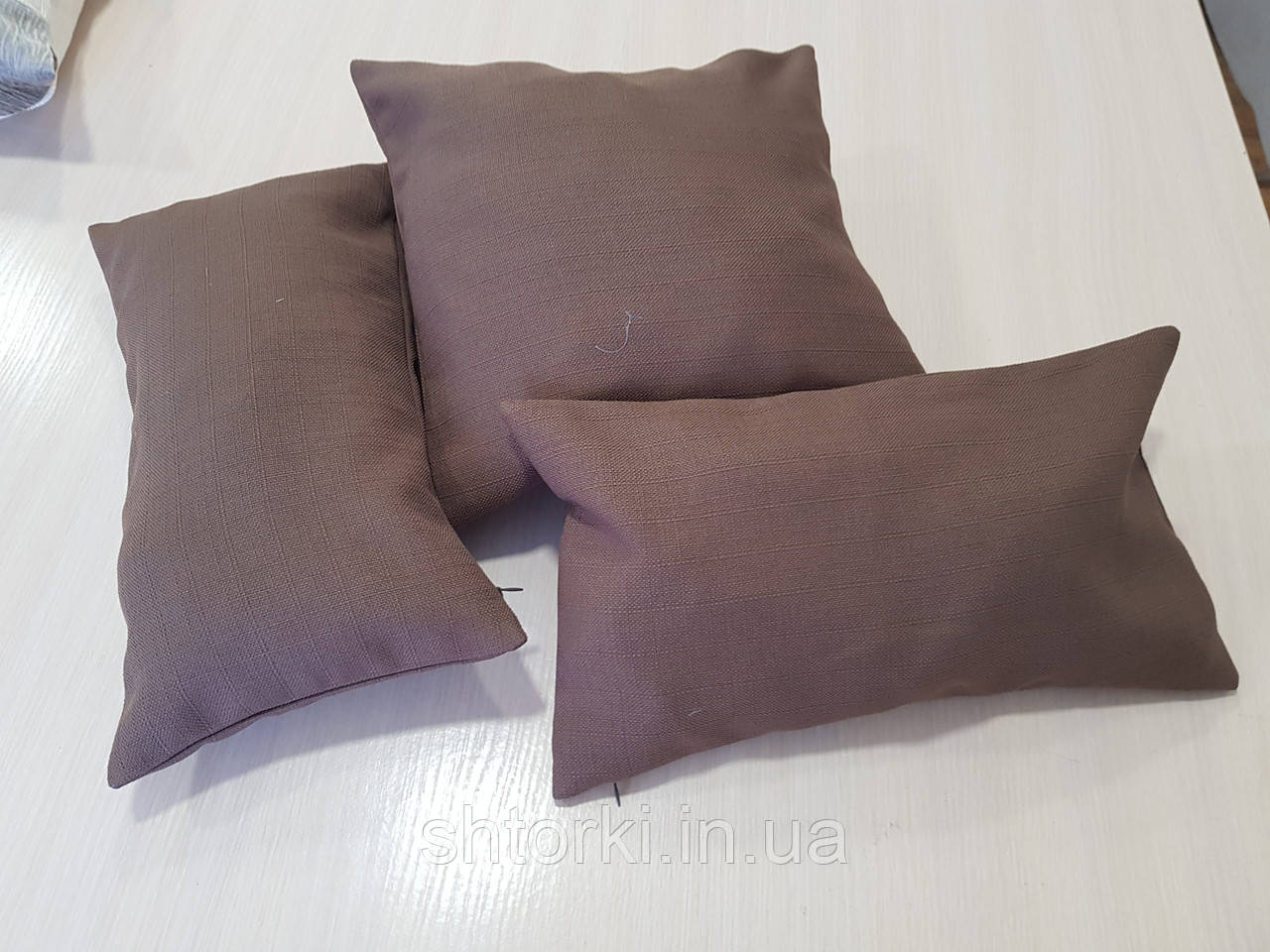 Комплект подушек  коричневые структура мешковинки, 3шт