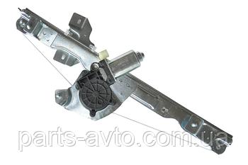 Стеклоподъемник передний левый электрический Renault Sandero  ASAM 32042, 8200733829