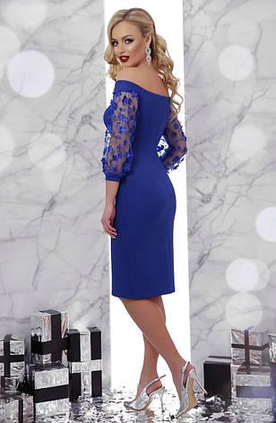 Вечернее платье миди по фигуре с открытыми плечами электрик, фото 2