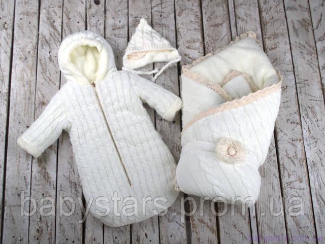 набор для новорожденного который выполнен из вязки