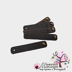 Кожаная бирка на винте Handmade с клубком, коричневый