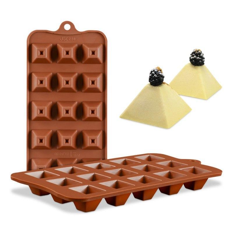 Форма для шоколадных конфет Пирамида