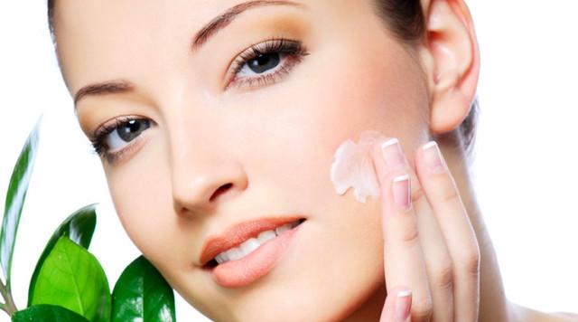 Креми і сироватки для обличчя