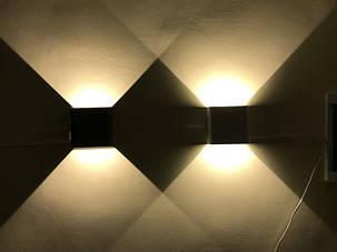 Фасадный светодиодный уличный светильник двухсторонний  DH028 3W черный IP54 Код.59399, фото 2