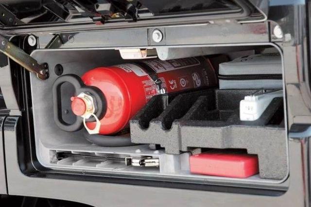 где правильно хранить огнетушитель в автомобиле