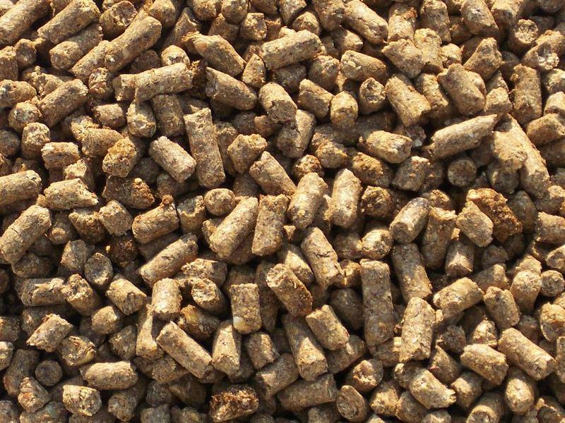 Комбикорм для животных: гранулированные отруби кормовые, ячменно-овсяные отруби