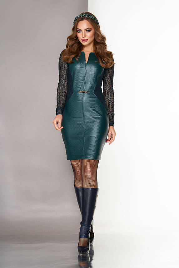 Нарядное платье из эко кожи с гипюровыми рукавами изумрудное, фото 2