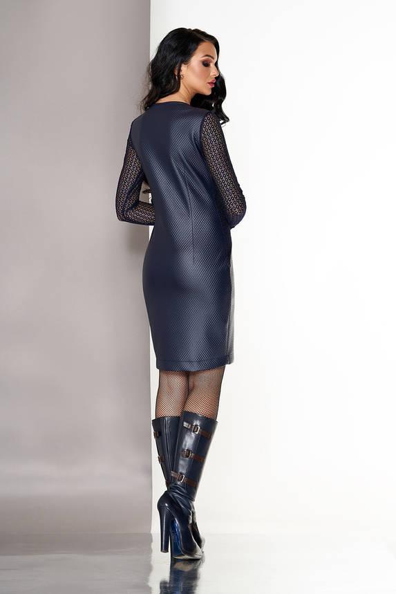 Нарядное платье из эко кожи с гипюровыми рукавами синее, фото 2
