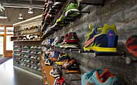 Материалы для кроссовок и их отличия