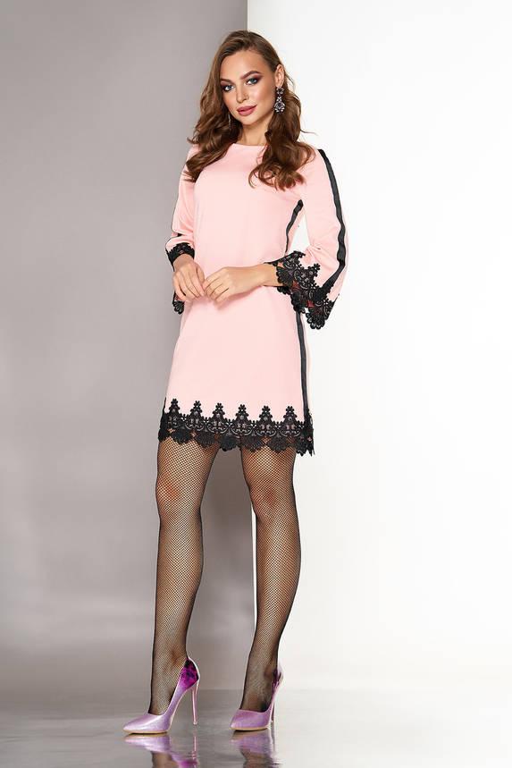 Короткое платье трапеция с кружевом нарядное персиковое, фото 2