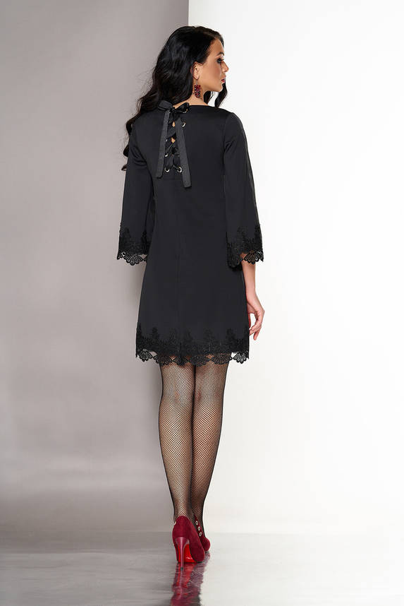 Короткое черное платье трапеция с кружевом, фото 2