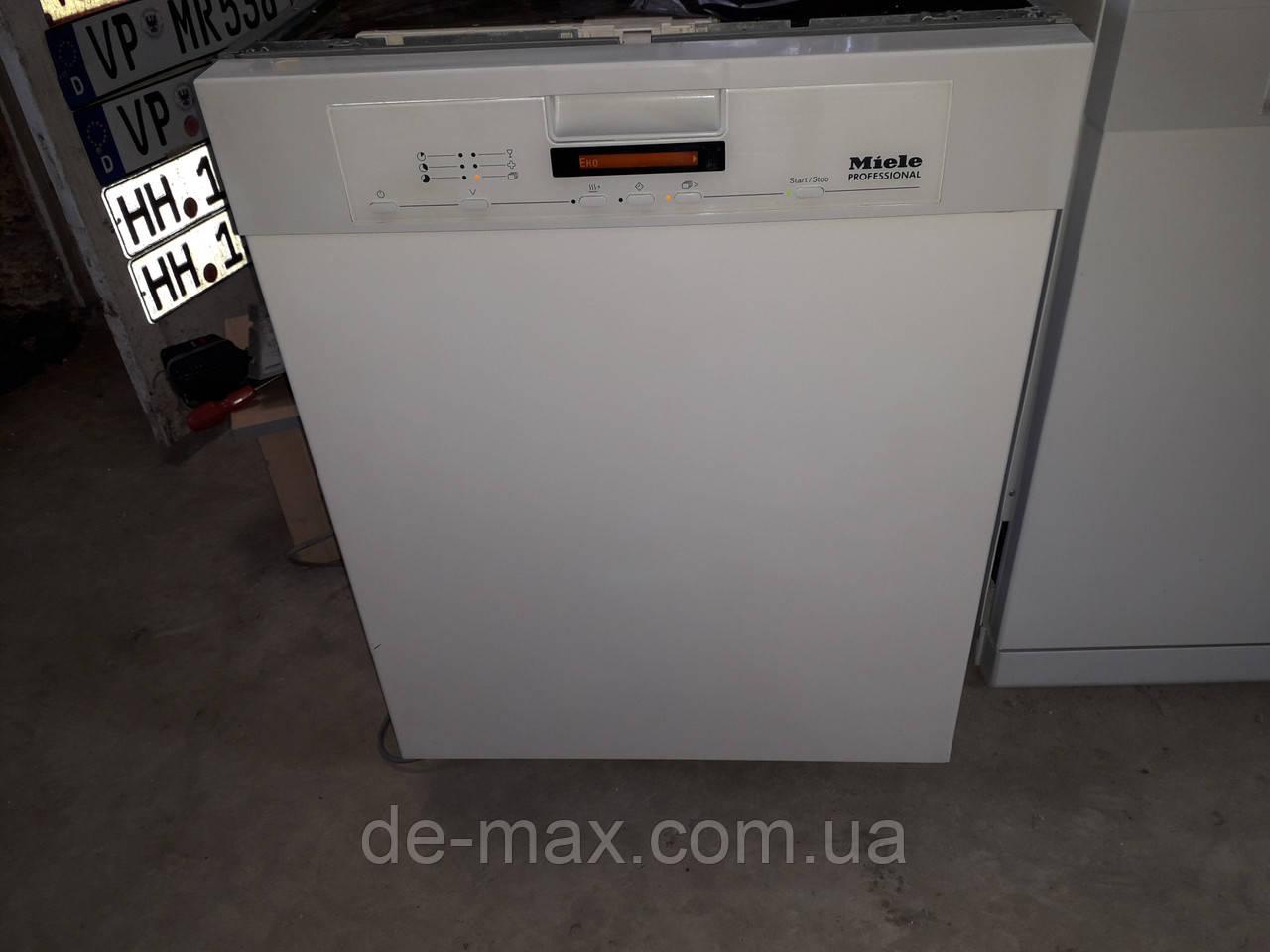 Посудомоечная машина Miele Professional PG8080U