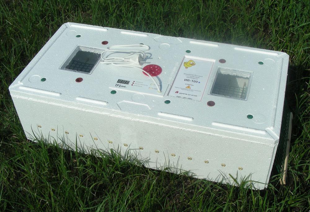 Инкубатор цифровой электронный ИБ-100 с механическим устройством переворота яиц