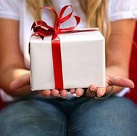 Что подарить на 14 февраля девушке?