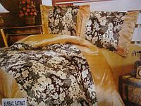 Атласное постельное белье  золотистое с цветочным принтом